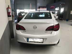 Opel Astra 1.6 CDTi SS 110 CV Business   - Foto 3