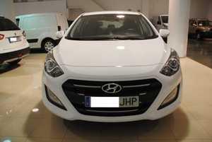 Hyundai i30 1.6CRDi Tecno Aut. - GARANTIA FABRICA 08/2020  - Foto 2