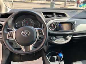 Toyota Yaris Hybrid Advance 1.5 HSD 101CV 5 Puertas Aut.   - Foto 16