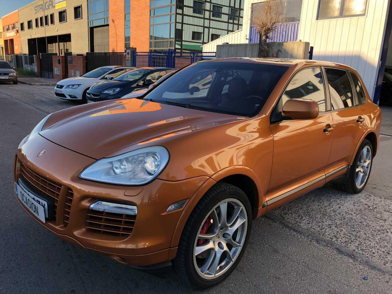 Porsche Cayenne turbo s   - Foto 1