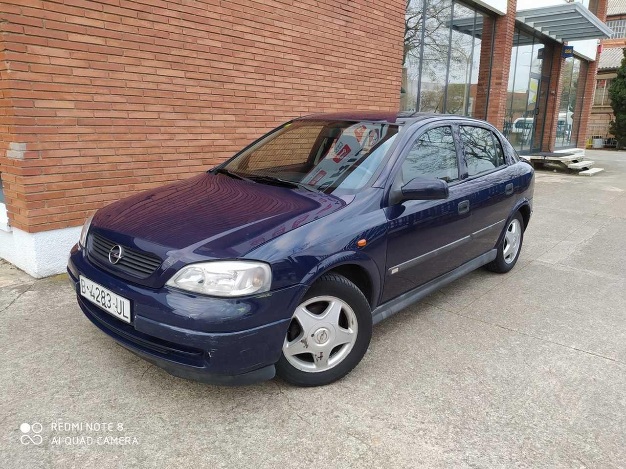 Opel Astra 1.6 16V COMFORT 4p.   - Foto 1