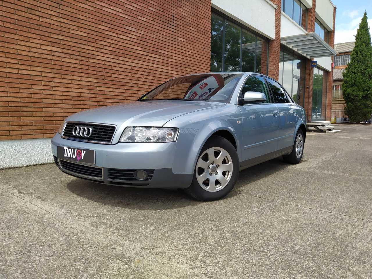 Audi A4 2.0 4p   - Foto 1