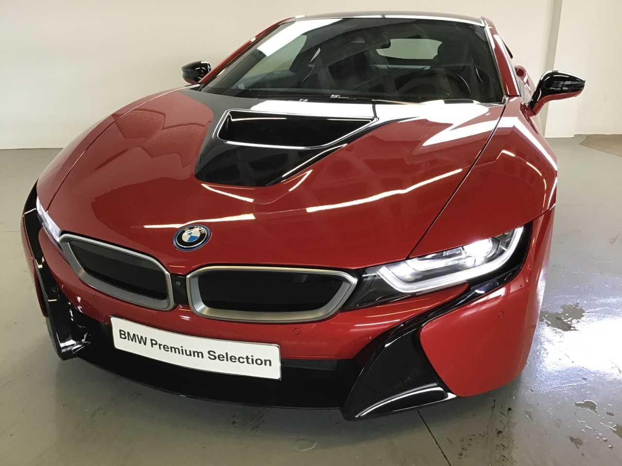BMW i8 PROTONIC RED EDITION   - Foto 1