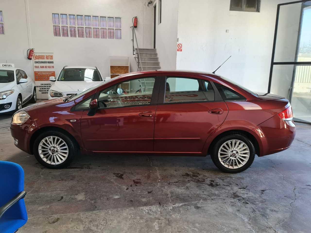 Fiat Linea FAMILIAR   - Foto 1