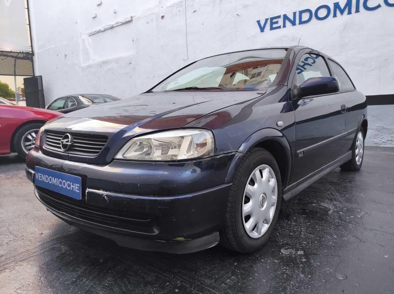 Opel Astra 1.6 16v Edition 3p.   - Foto 1