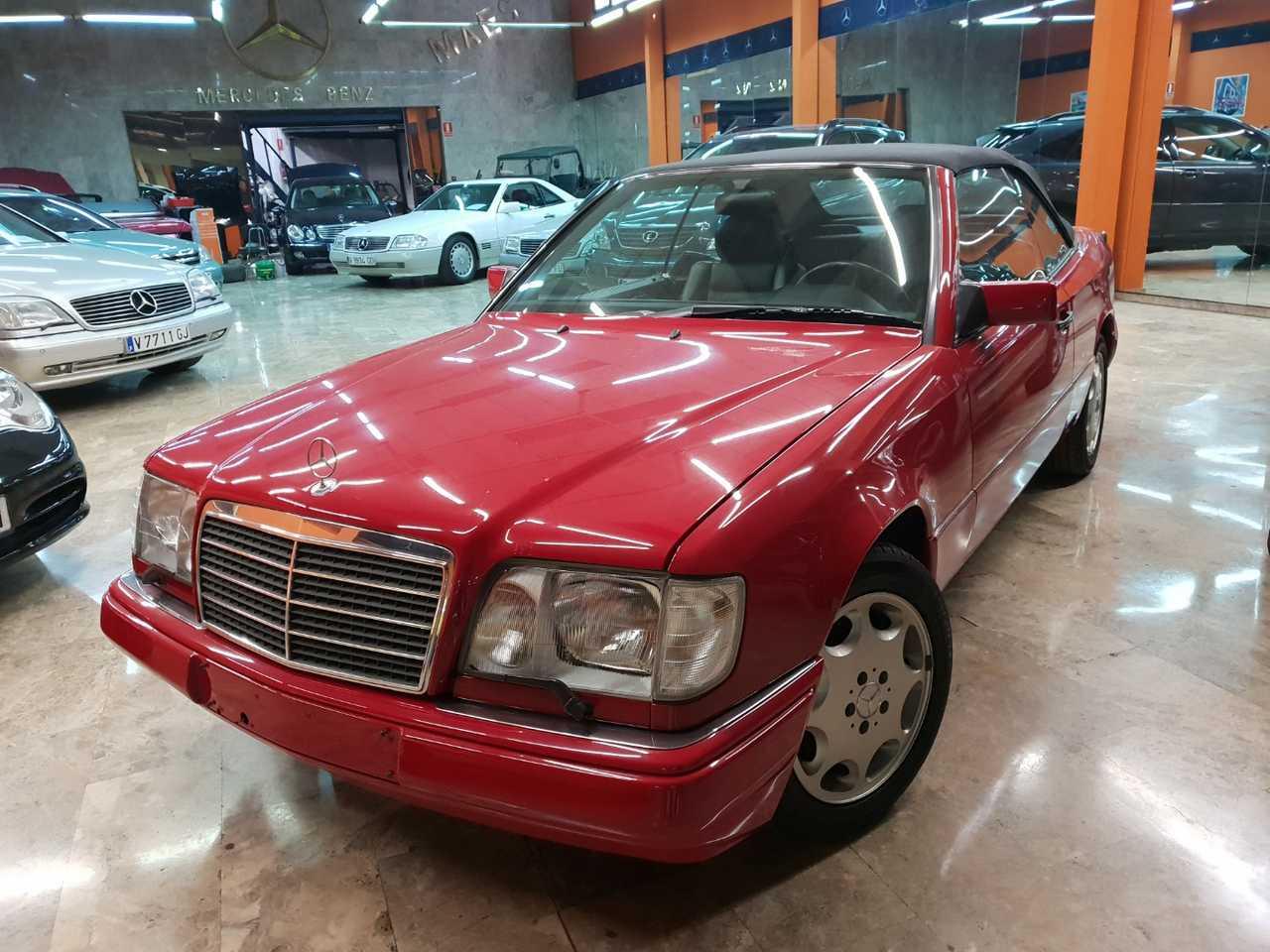 Mercedes Clase E Cabrio 220   - Foto 1
