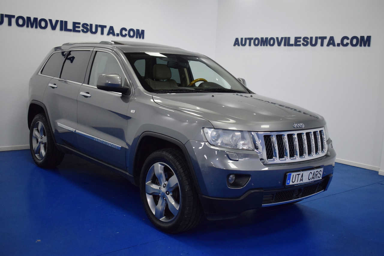 Jeep Grand Cherokee 3.0 V6 CRD Overland 5p DISTRONIC TECHO    - Foto 1