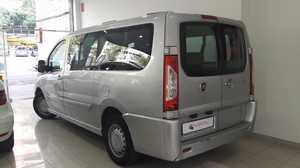 Fiat Scudo Combi 10 Std. L 2.0Mjt 5-9 130 E5 Standard I.V.A. deducible  - Foto 2