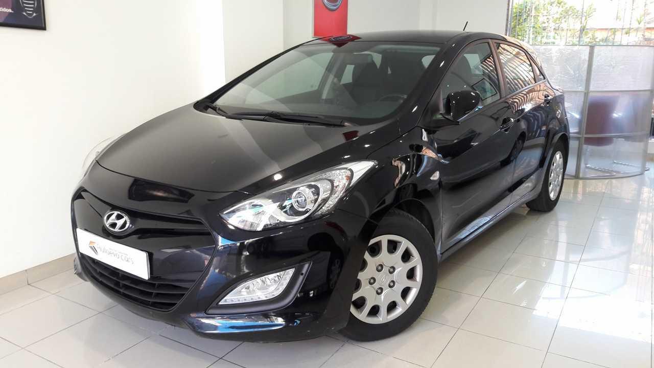 Hyundai i30 1.4CRDi Klass   - Foto 1