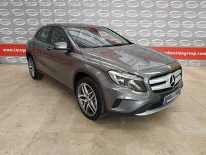 Mercedes-Benz Clase GLA 180 CDI URBAN  - Foto 3