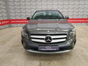 Mercedes-Benz Clase GLA 180 CDI URBAN  - Foto 2