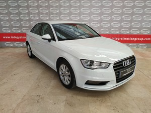 Audi A3 Sedan 1.6 TDI 110 clean S tro Attraction  - Foto 3