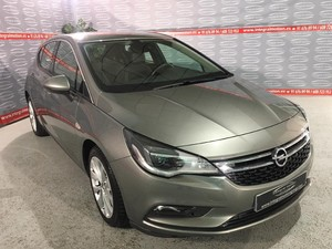 Opel Astra 1.6 CDTi S/S 100kW (136CV) Excellence  - Foto 3