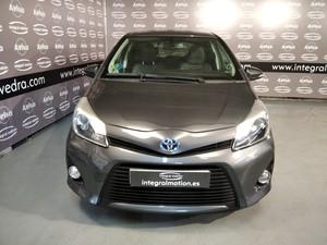 Toyota Yaris Hybrid Active   - Foto 2