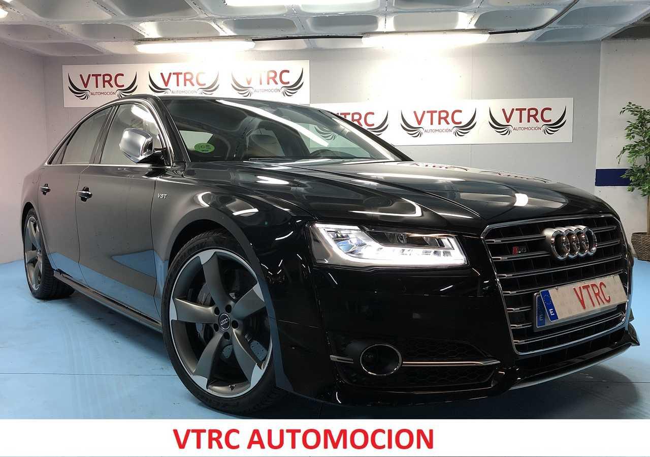Audi S8 PLUS   - Foto 1
