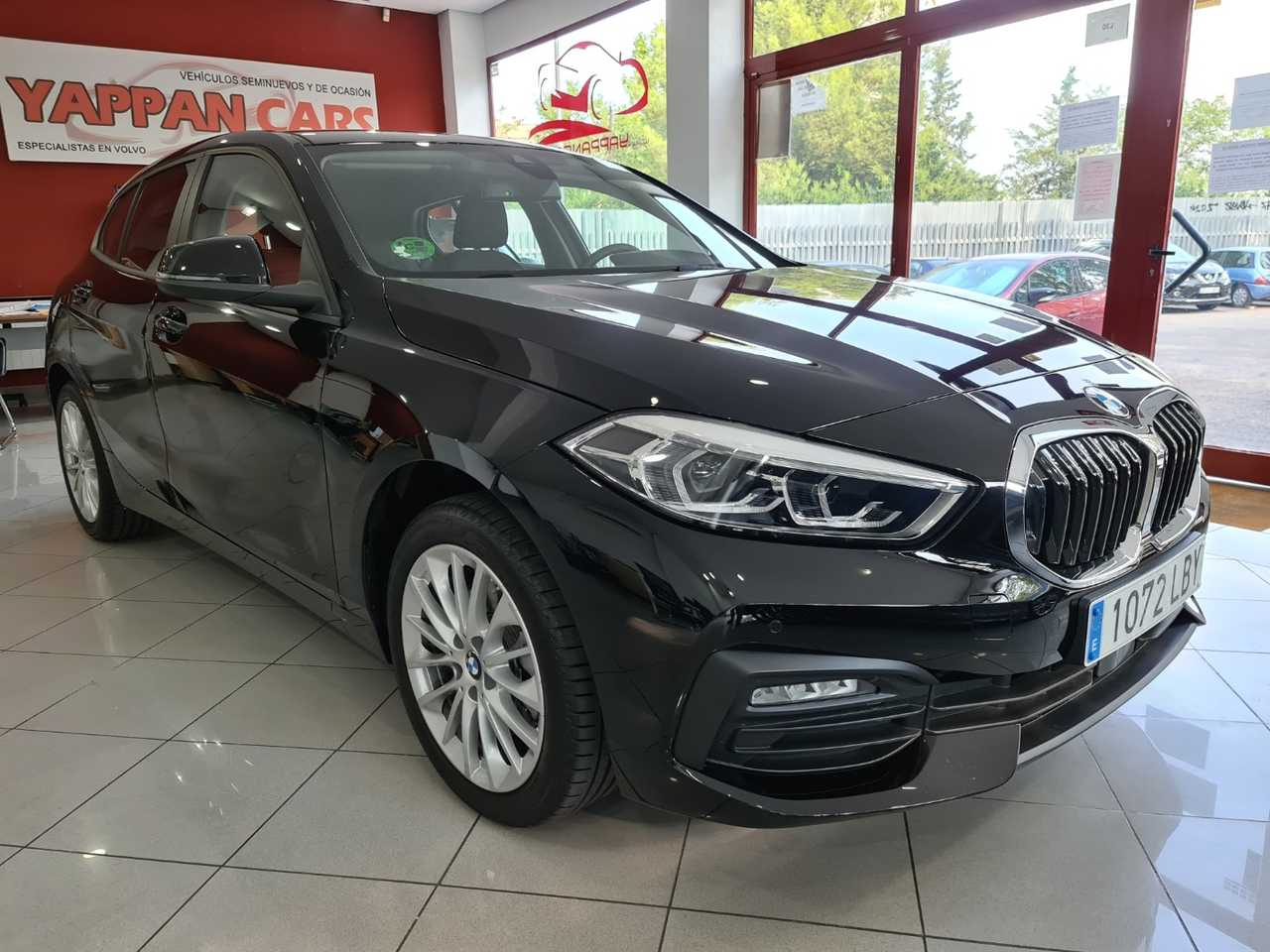 BMW Serie 1 116 D 5p 116cv NUEVO MODELO   - Foto 1