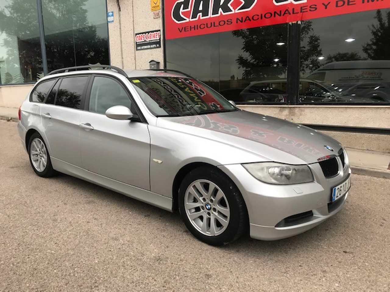 BMW Serie 3 Touring 320 D   - Foto 1