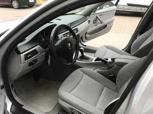 BMW Serie 3 Touring 320 D   - Foto 3