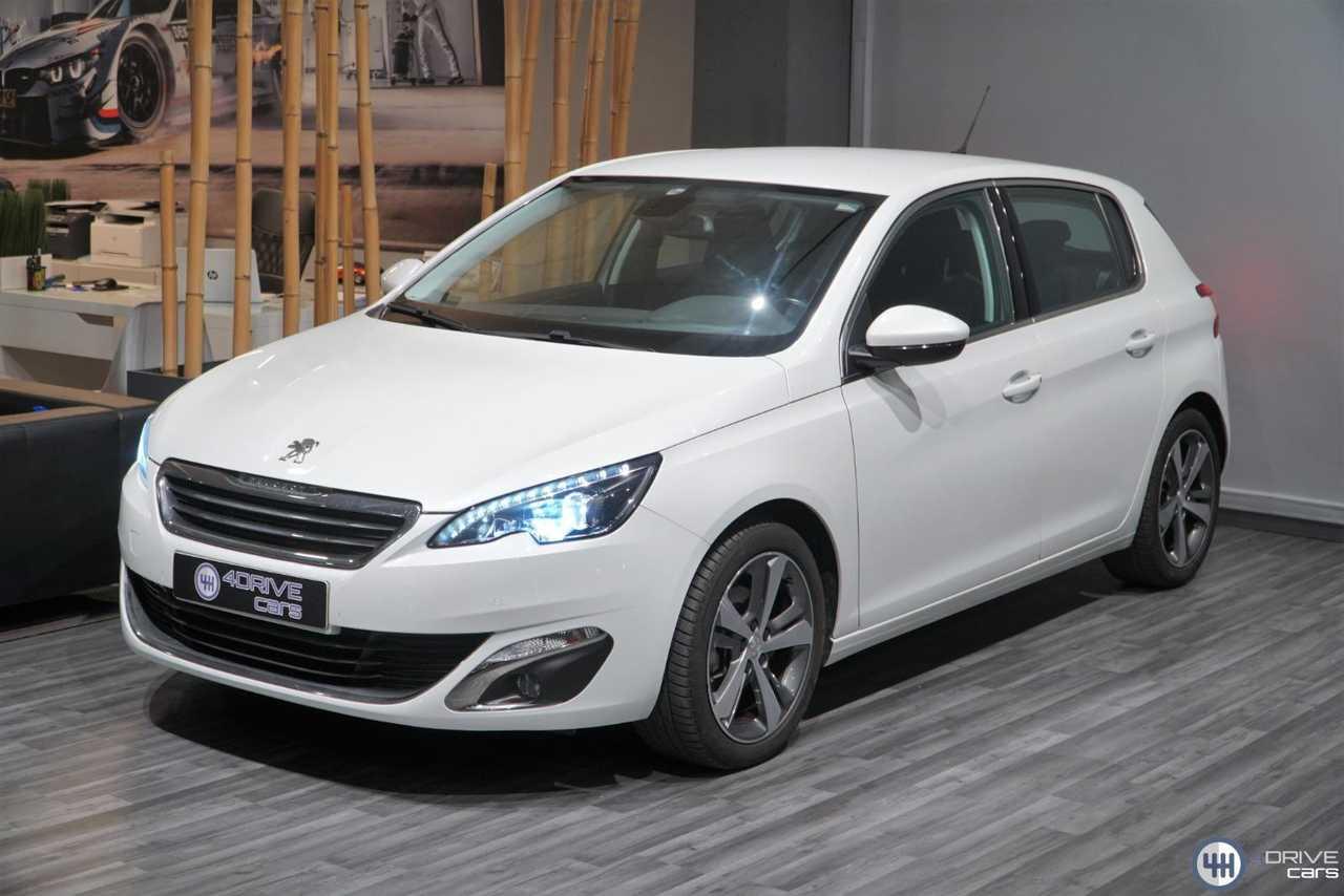 Peugeot 308 1.2 PureTech 130 Allure   - Foto 1
