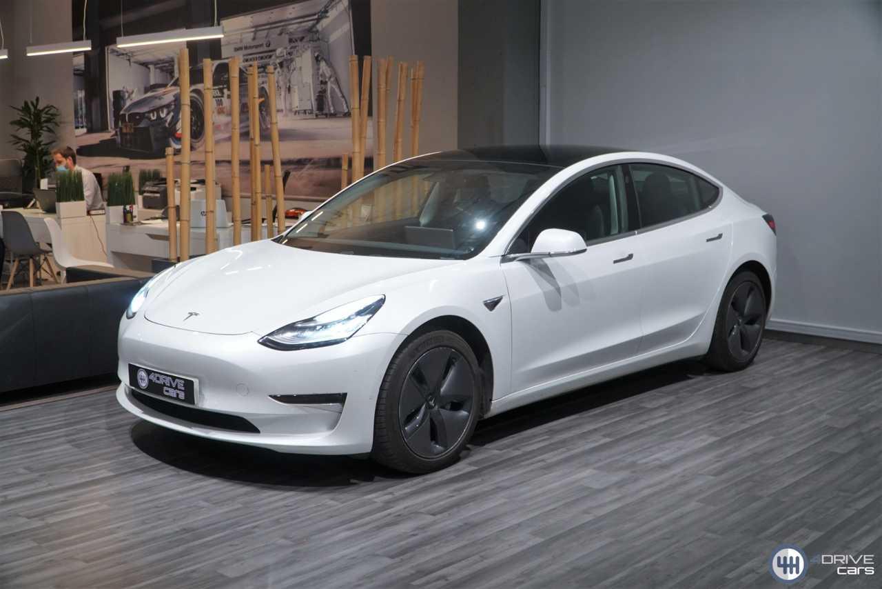 Tesla Model 3 Gran Autonomia   - Foto 1