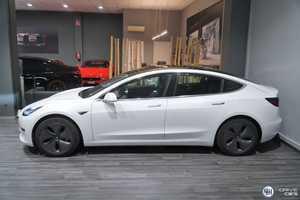 Tesla Model 3 Gran Autonomia   - Foto 3