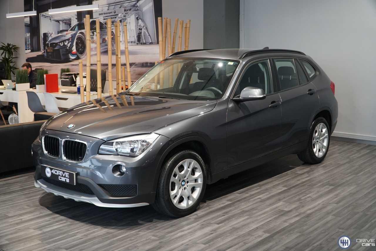 BMW X1 sDrive 18d   - Foto 1