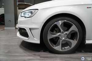 Audi A3 1.6 TDI 110 S-LINE   - Foto 3