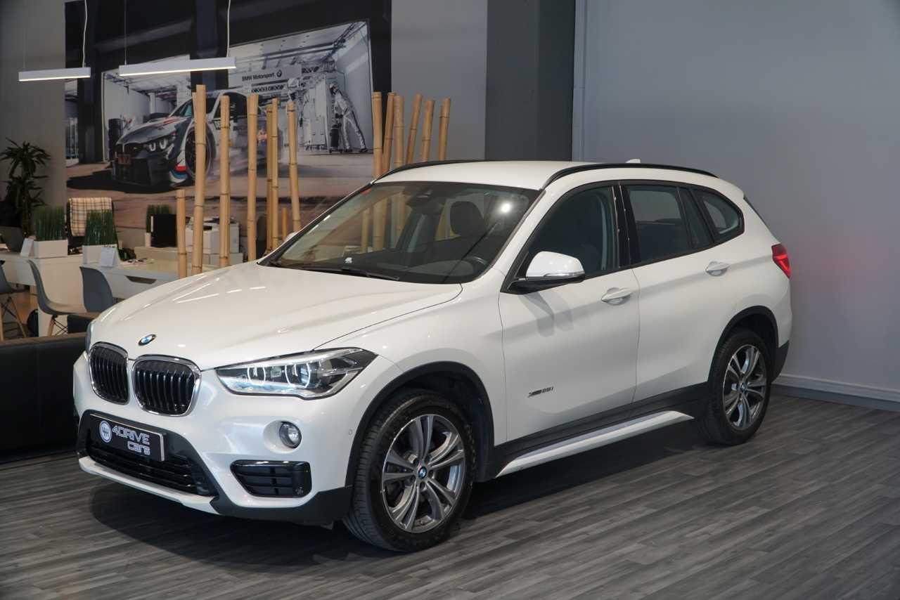 BMW X1 XDrive 25i   - Foto 1