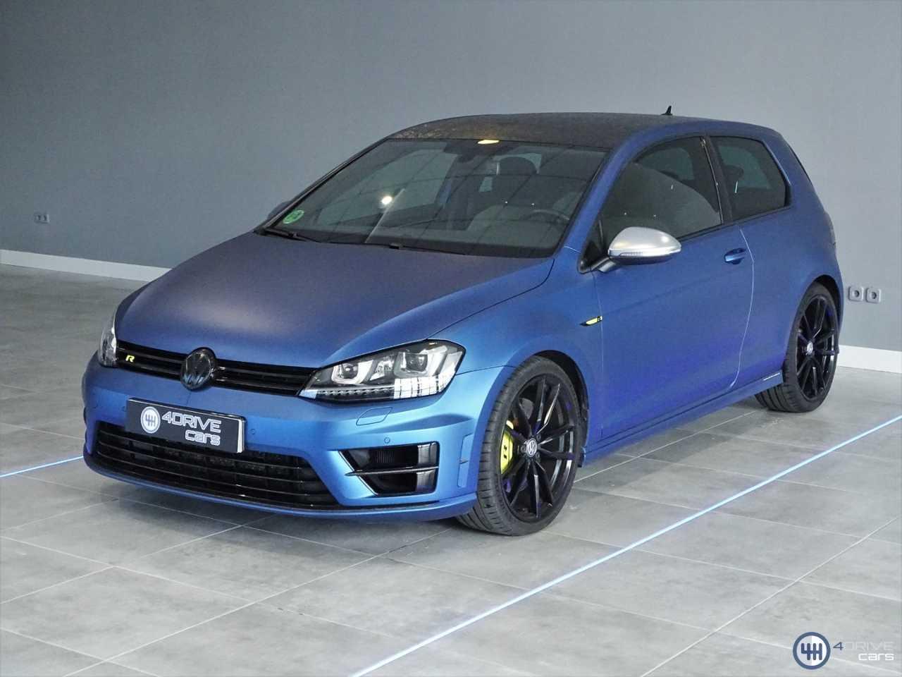 Volkswagen Golf R   - Foto 1