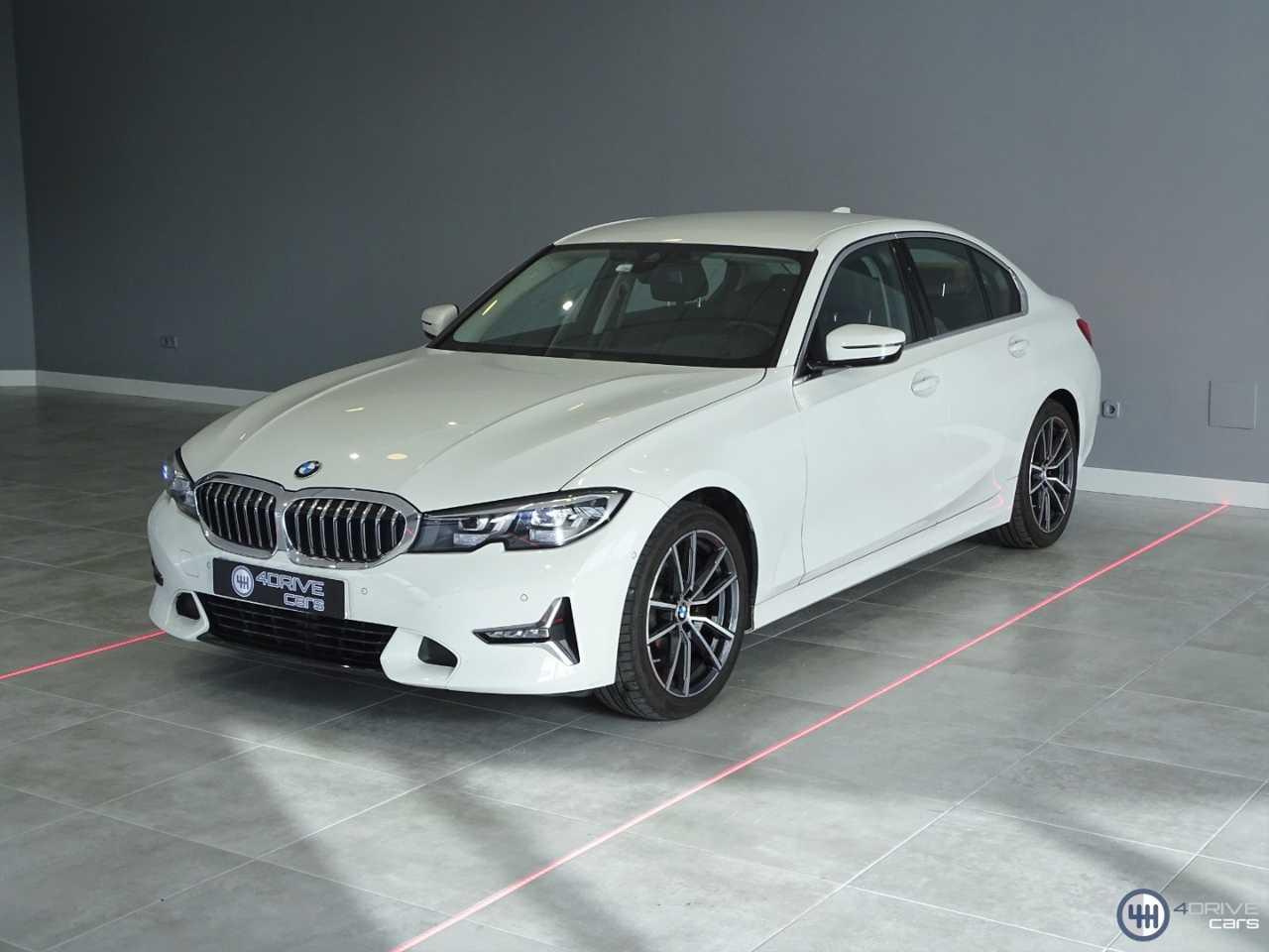 BMW Serie 3 320i Luxury   - Foto 1