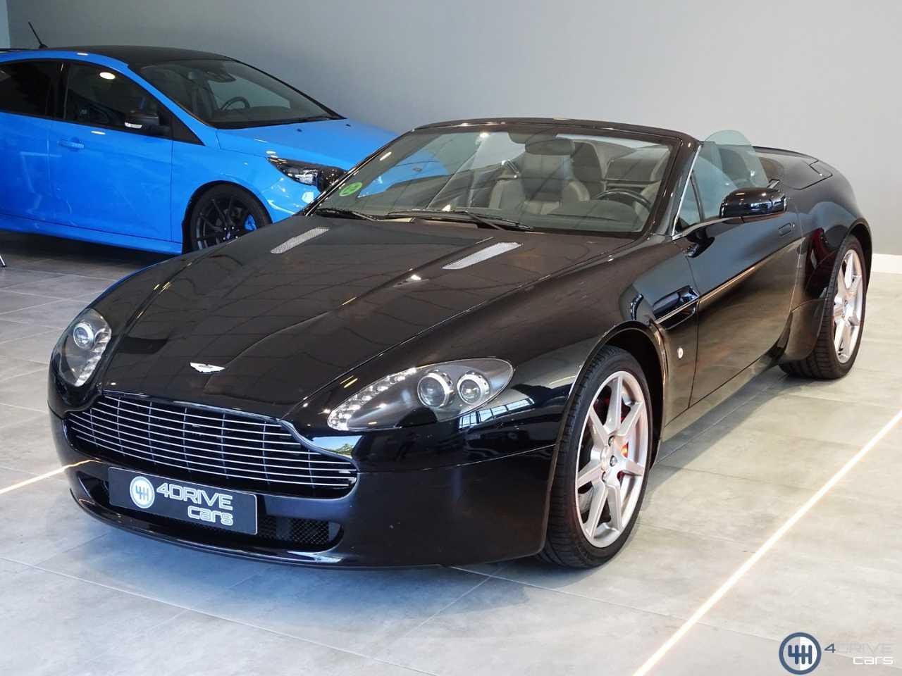 Aston martin Vantage Roadster   - Foto 1