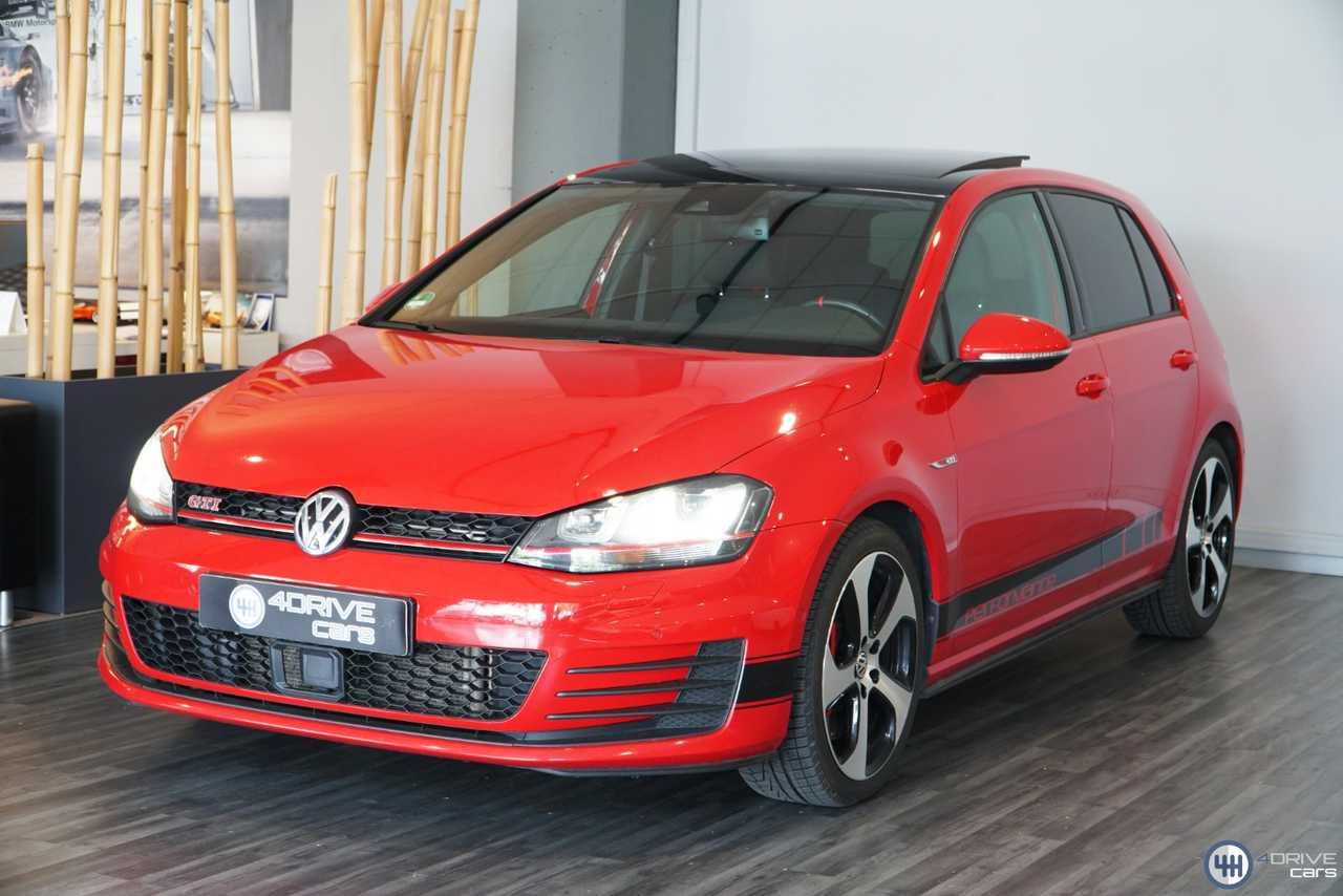 Volkswagen Golf GTI PERFORMANCE 230cv 'DSG'   - Foto 1