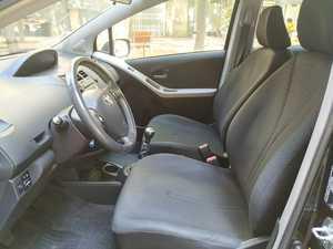 Toyota Yaris 1.3 VVTI TS   - Foto 3