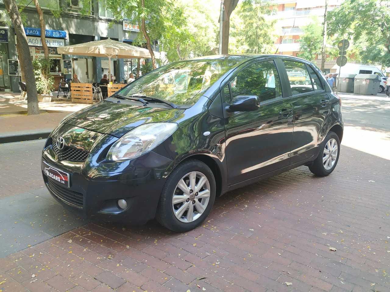Toyota Yaris 1.3 VVTI TS   - Foto 1