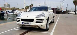 Porsche Cayenne S   - Foto 2