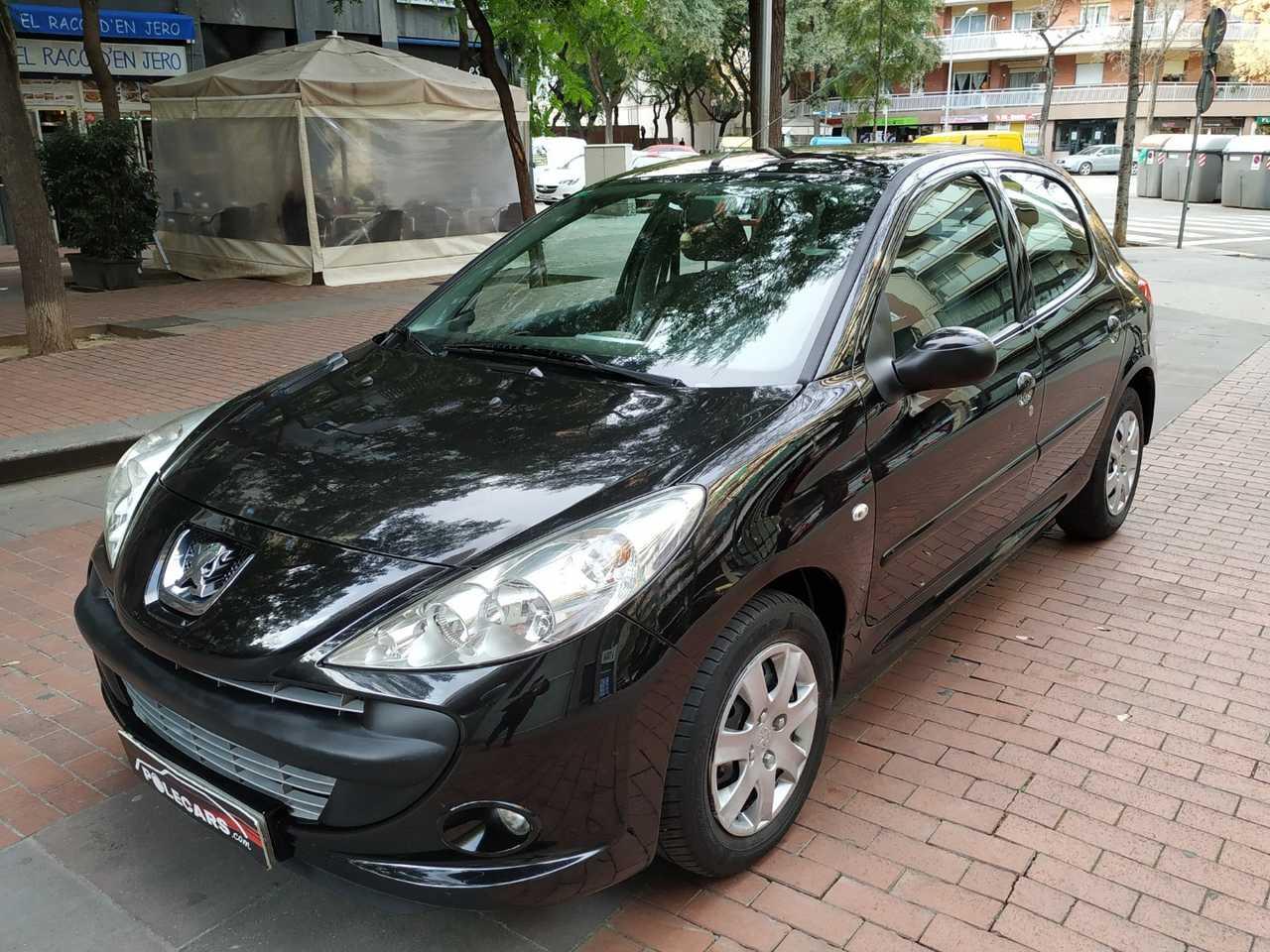 Peugeot 206 PLUS 1.4 HDI   - Foto 1