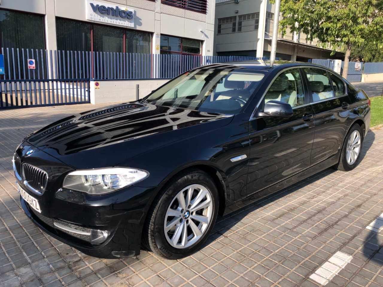BMW Serie 5 525d aut 204cv   - Foto 1