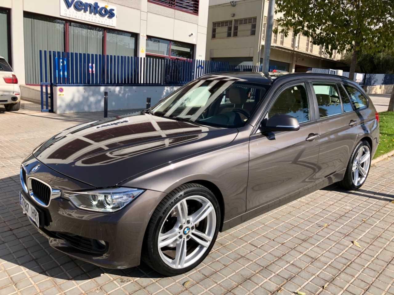 BMW Serie 3 Touring 330d Touring Aut  M¨   - Foto 1