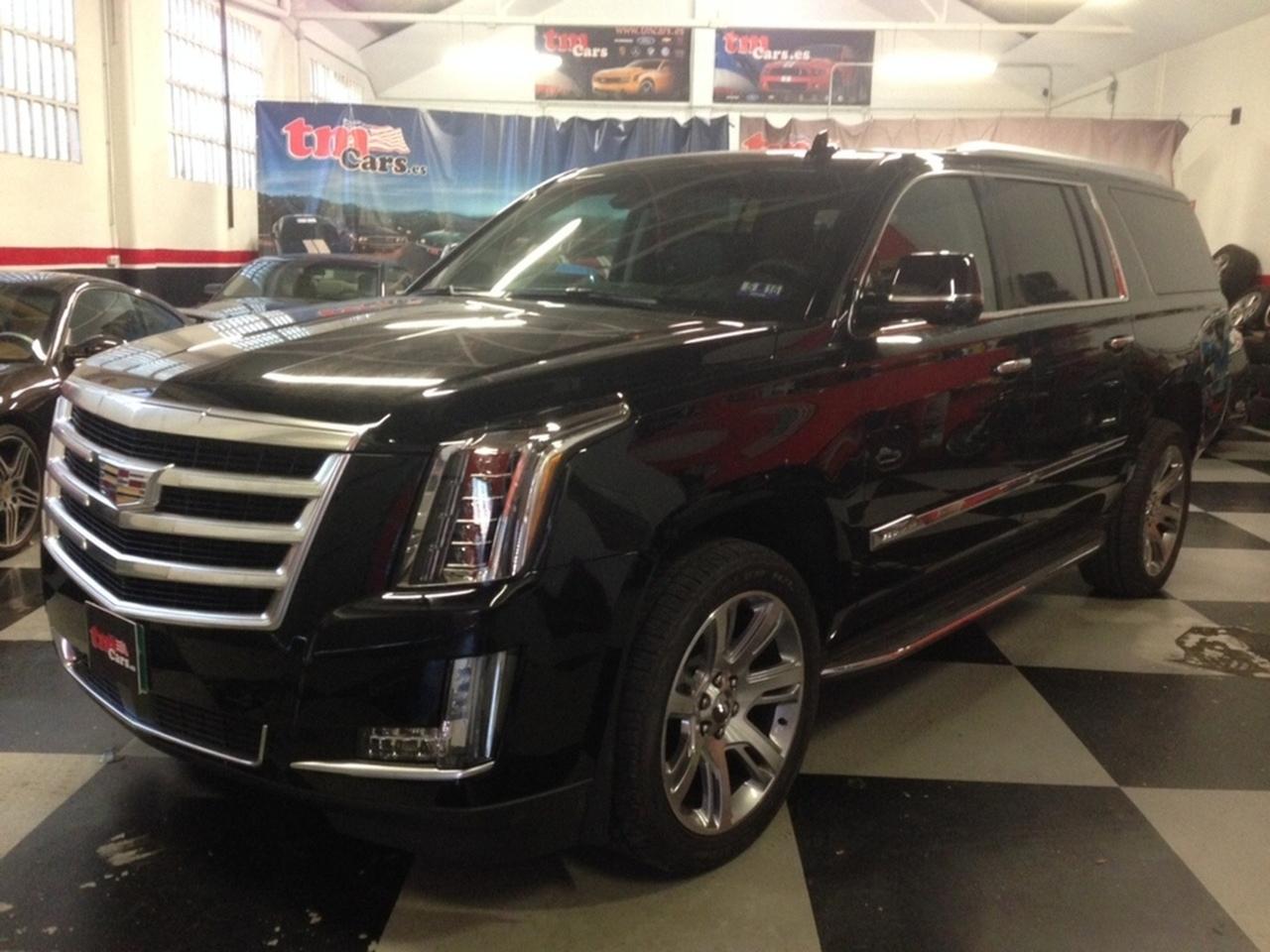 Cadillac Escalade ESV Premium   - Foto 1