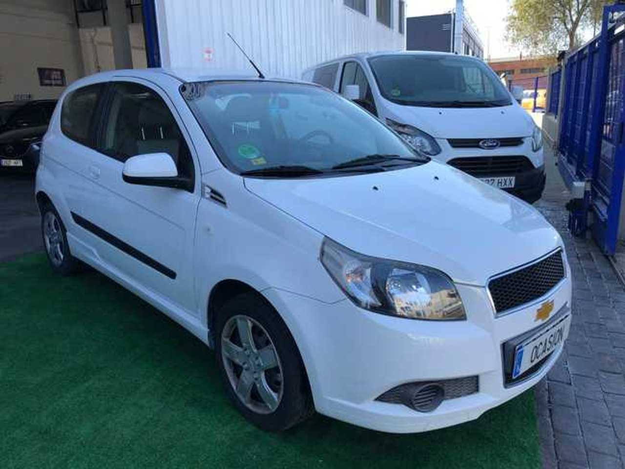 Chevrolet Aveo 1.4i   - Foto 1