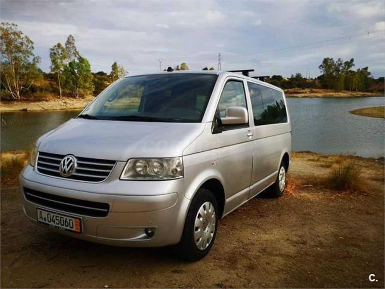 Volkswagen Multivan 2.5 TDI CONFORTLINE   - Foto 1