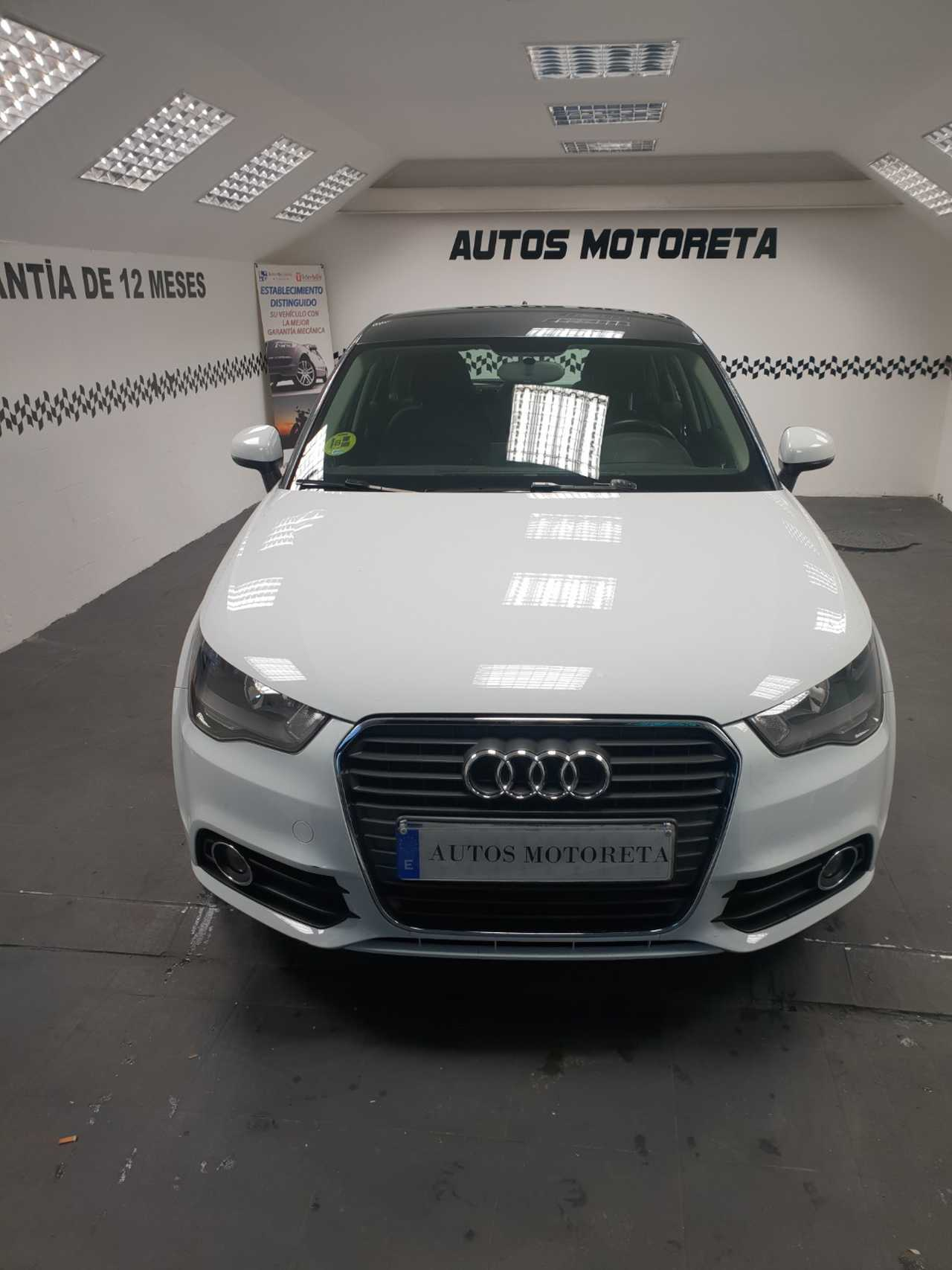 Audi A1 sportback 1.6tdi 90cv Stronic Attracted  - Foto 1