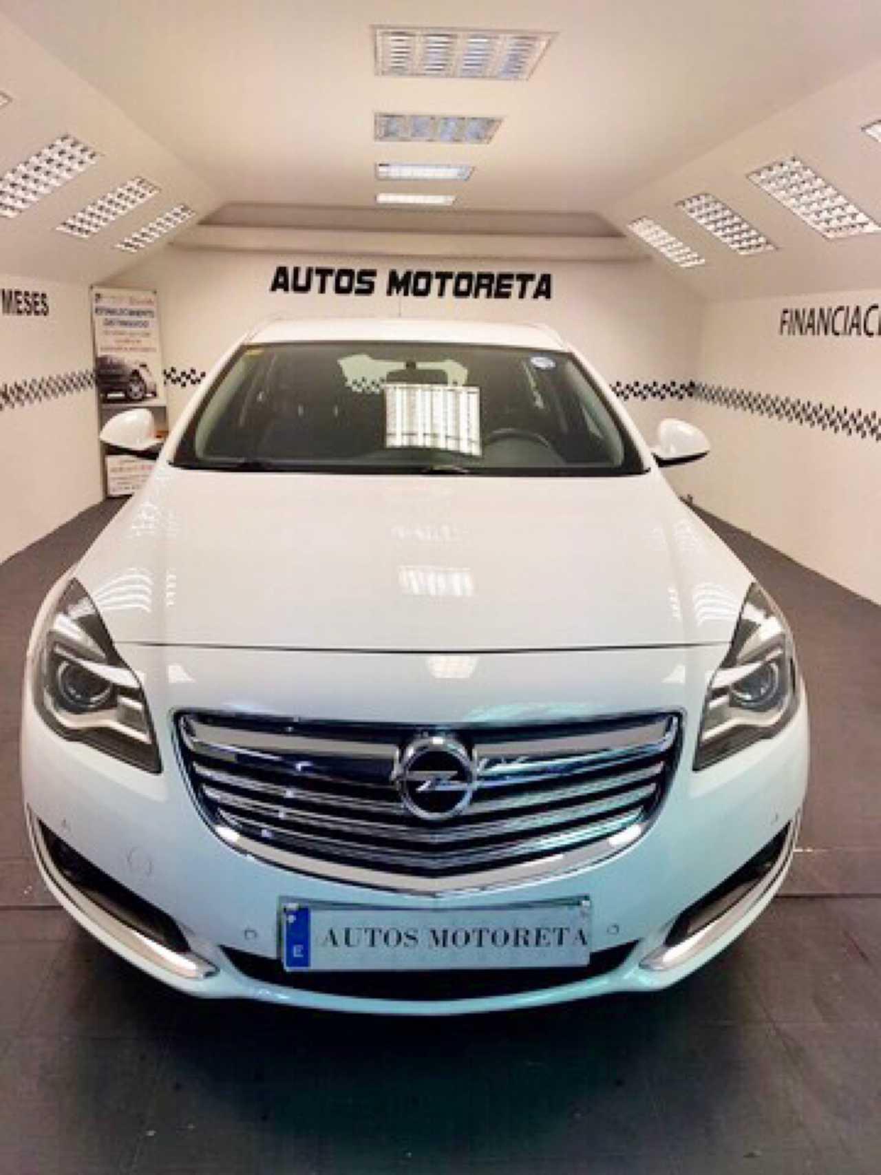 Opel Insignia Sports Tourer 2.0CDTI eco SS 140 SELECTIVE   - Foto 1