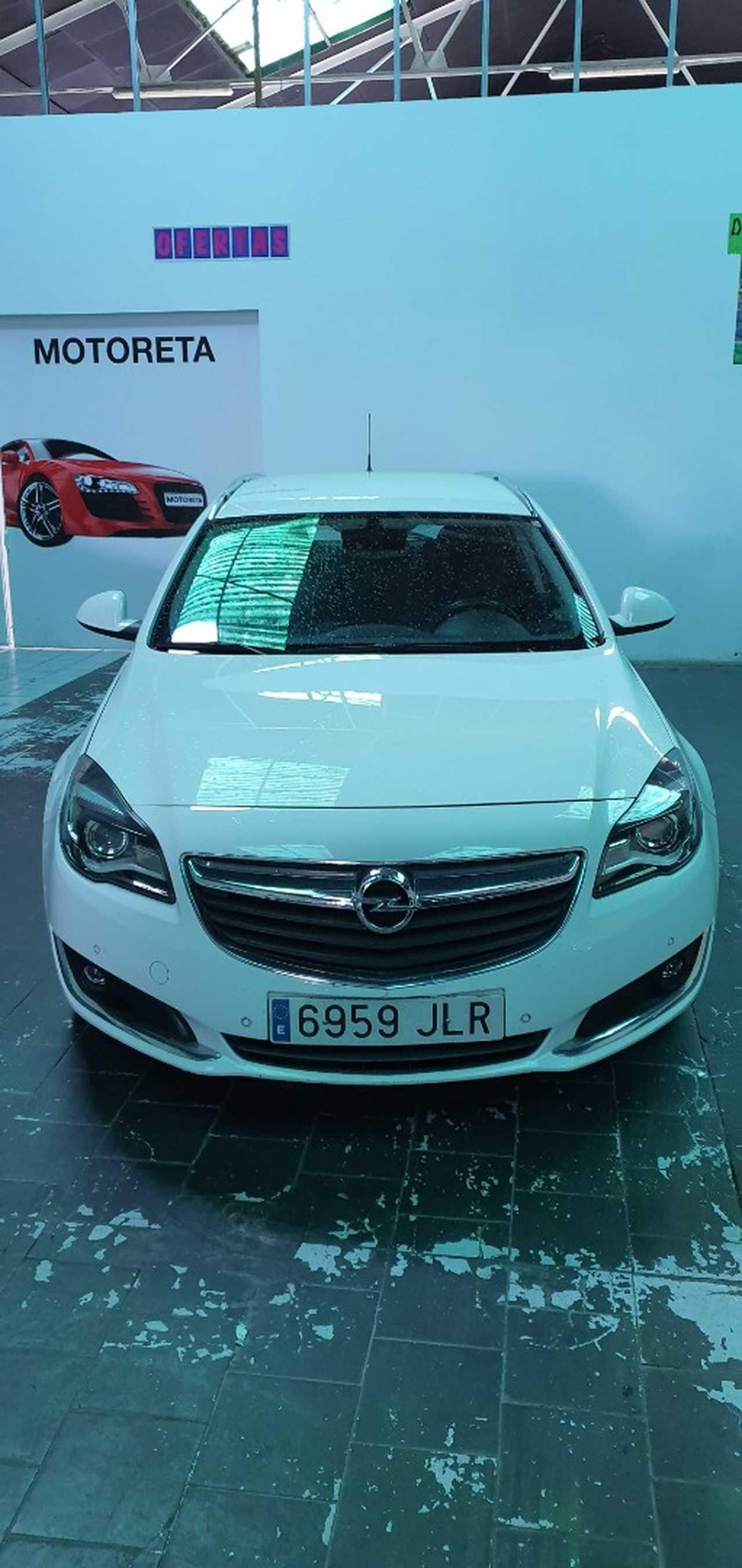 Opel Insignia Sports Tourer 1.6 CDTI 136 CV   - Foto 1