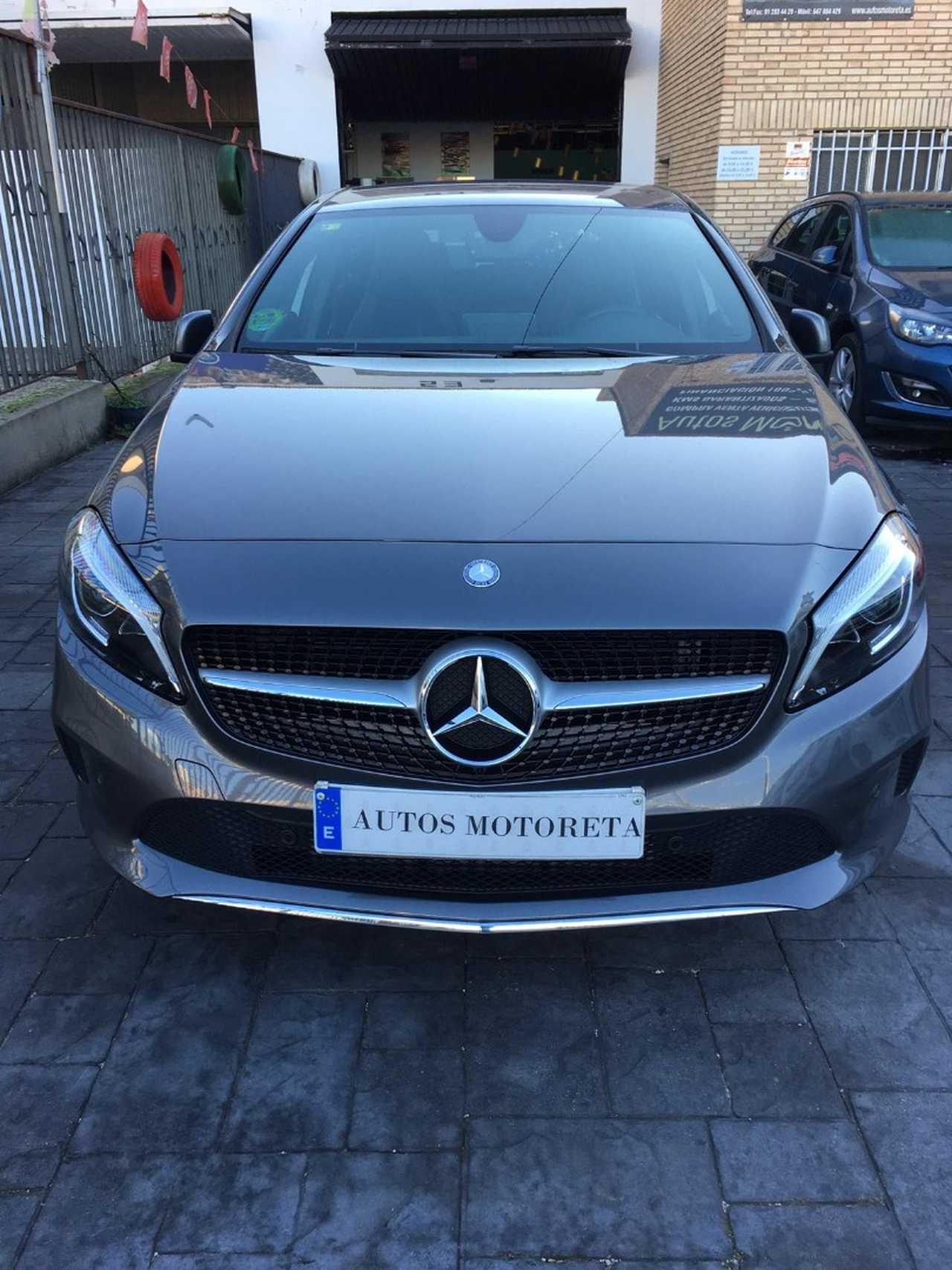 Mercedes Clase A A200 D   - Foto 1