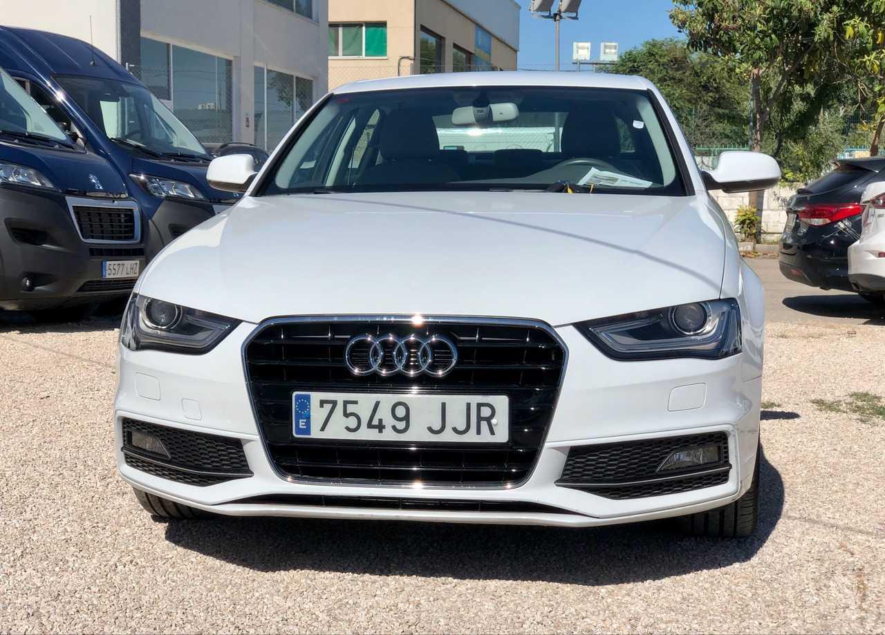 Audi A4 2.0TDI CLEAN  150HP MULTITRONIC S LINE EDITION  - Foto 1