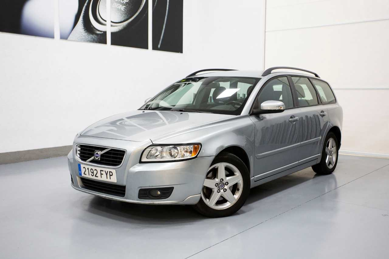 Volvo V50 FAMILIAR 2.0D 136cv   - Foto 1