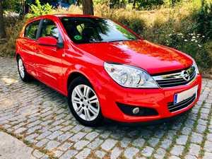 Opel Astra 1.8 16v 140cv Cosmo Auto. IMPECABLE.   - Foto 2