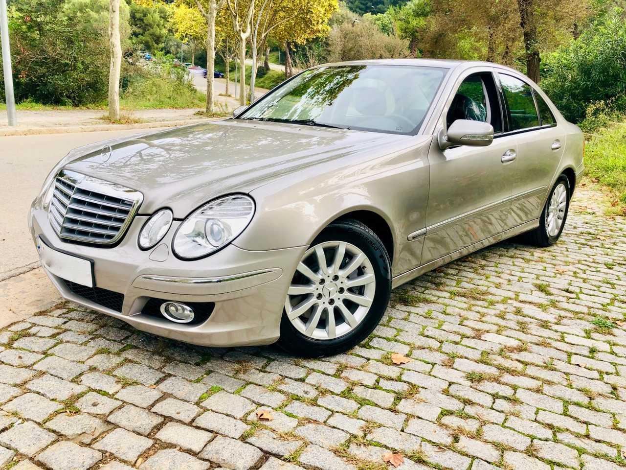 Mercedes Clase E 350 Elegance Automatic. Absolutamente impecable !!!   - Foto 1