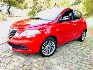 Lancia Ypsilon Black and Red Evo ll 70cv. Impecable !!!   - Foto 2